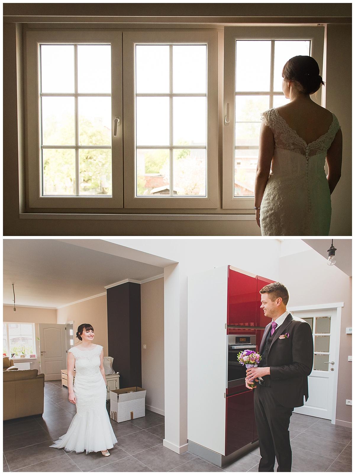 trouwfotograaf te Antwerpen - klaarmaken bruid